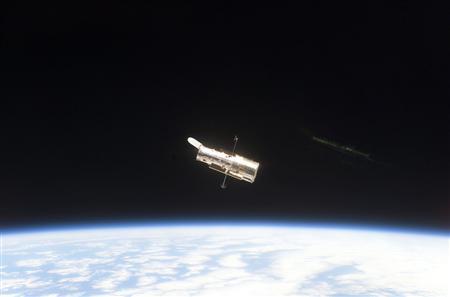 lo spazio visto dal satellite